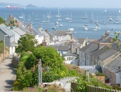 Cawsand hotels with restaurants
