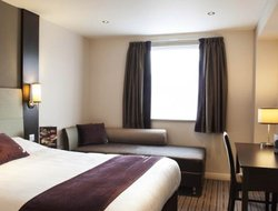 Top-3 romantic Huddersfield hotels