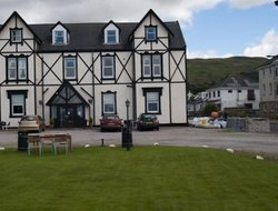 Top-4 hotels in the center of Largs
