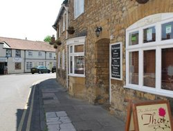 Sherborne hotels with restaurants