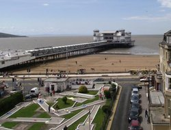 Top-9 hotels in the center of Weston Super Mare
