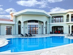 Azerbaijan hotels with swimming pool