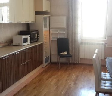 Apartament in B.Mecidov street