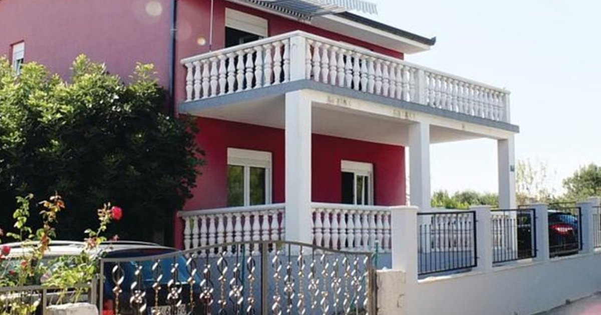 Holiday home Okrug Gornji 73 with Outdoor Swimmingpool