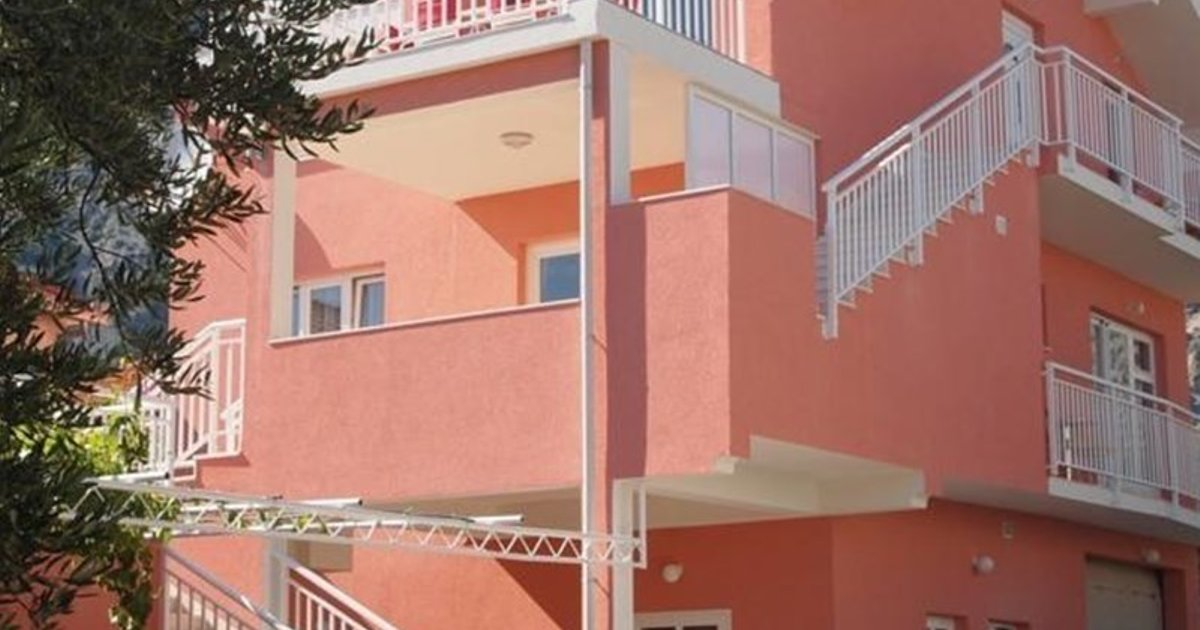 Two-Bedroom Apartment Orebic near Sea 9