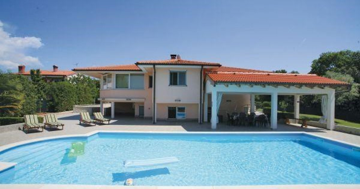 Holiday home Pula 17