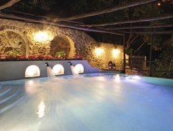 Conca dei Marini hotels with swimming pool