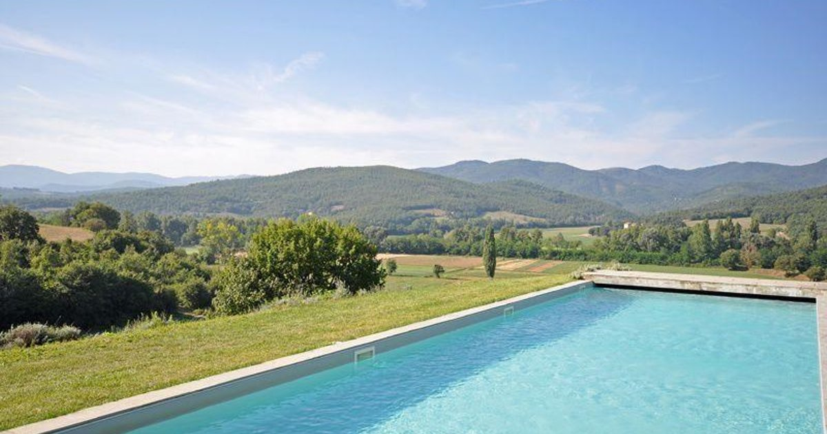 Holiday home in Anghiari with Seasonal Pool