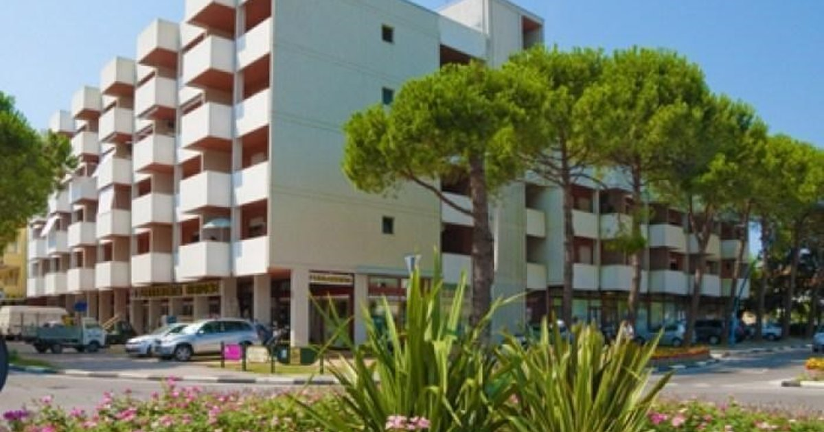 Two-Bedroom Apartment Bibione near River 8
