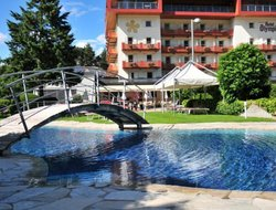 Top-10 hotels in the center of Brunico