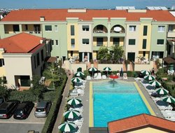 Porto Santa Margherita hotels with swimming pool