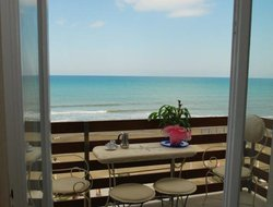 Castagneto Carducci hotels with sea view