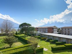 Pets-friendly hotels in Domaso