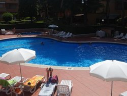 Peschiera del Garda hotels with swimming pool