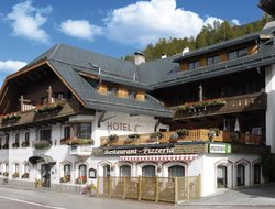 Top-10 hotels in the center of Sesto
