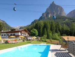 Siusi hotels with swimming pool