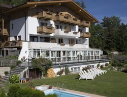 Terento hotels with swimming pool