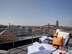 Murano hotels with sea view