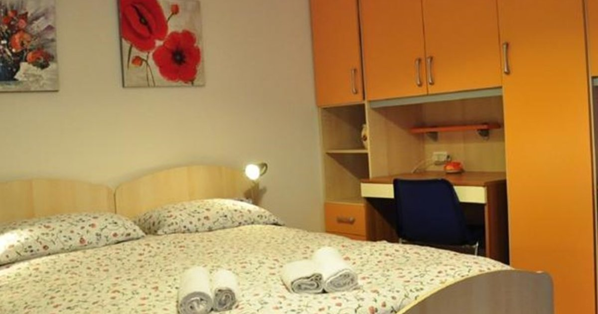 Great Flat In Central Venice