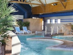 Cancale hotels with swimming pool