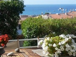 Cassis hotels with sea view