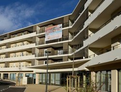 Frejus hotels with swimming pool