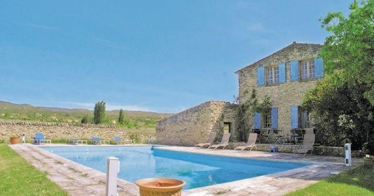 Holiday home Gordes J-884
