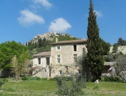 Pets-friendly hotels in Gordes