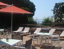 Le Lavandou hotels with sea view