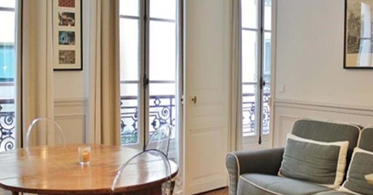 Into Paris - Saint Placide Apartment