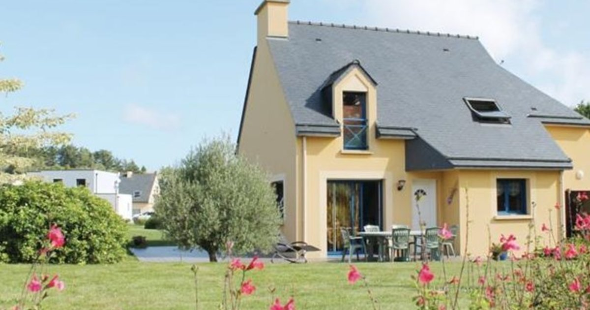 Three-Bedroom Holiday home Glageolais 04