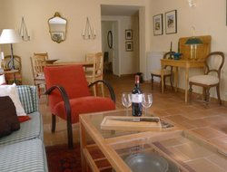 Pets-friendly hotels in Valbonne