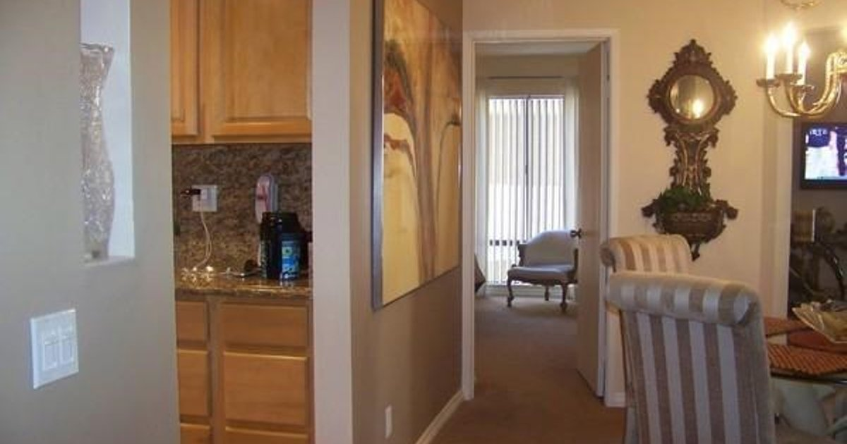 AMSI Pacific Beach Two-Bedroom Condo (AMSI-SDS.OFW-4461)