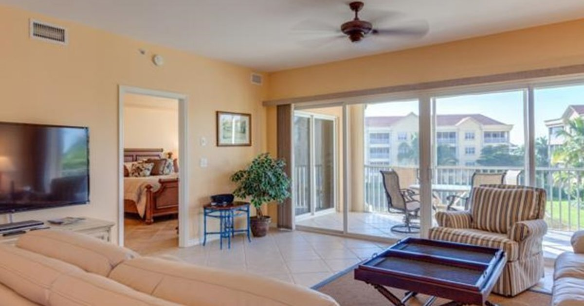 BELLA LAGO 434 BY VACATION RENTAL PROS