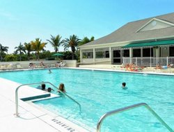 Longboat Key hotels with swimming pool