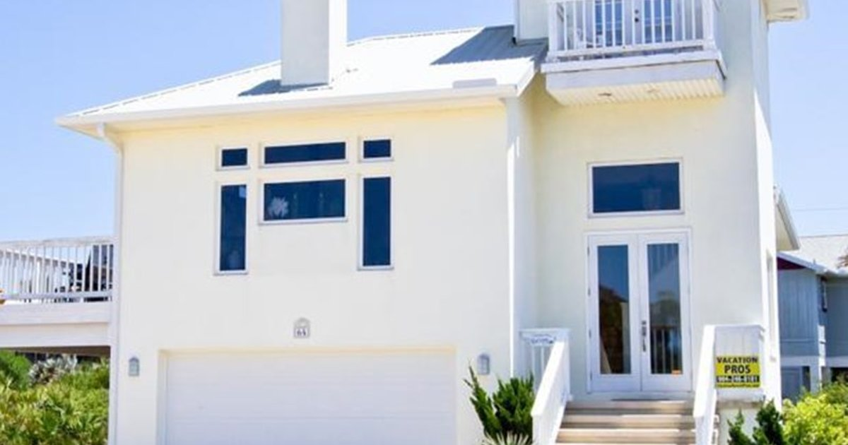 COASTAL COTTAGE BY VACATION RENTAL PROS