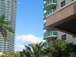 Sunny Isles Beach hotels with sea view