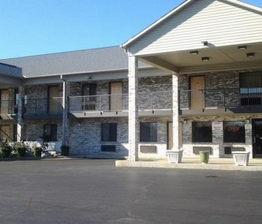 Travelers Inn & Suites - Southaven