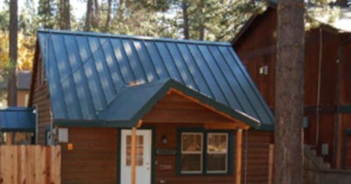 REDAWNING ALDER AVENUE HOLIDAY HOME