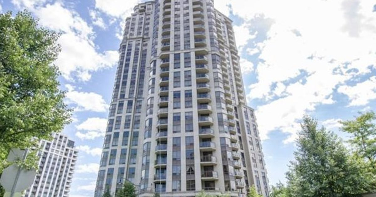 Royal Stays Furnished Apartments-Harrison Gardens North York