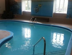Magog hotels with swimming pool