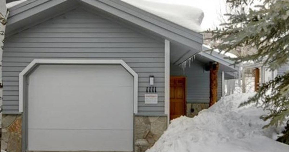 RedAwning Snow Boulder Condo