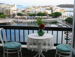 Crete Island hotels with lake view