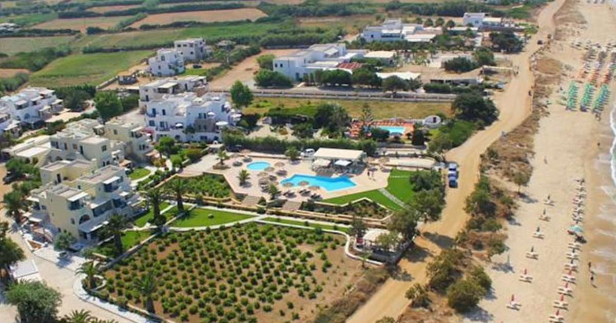 Paradiso Studio & Apartments on Naxos Island