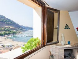 Castellammare del Golfo hotels with sea view