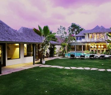 Phinisi Villas - Seminyak City Center