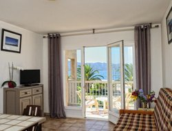 St. Florent hotels with sea view