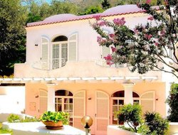 Pets-friendly hotels in Anacapri