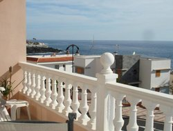Puerto de Santiago hotels with sea view