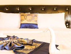 Top-7 romantic Kamala hotels